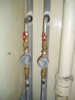 Замена стояков горячей и холодной воды в Бердске, монтаж стояков водоснабжения